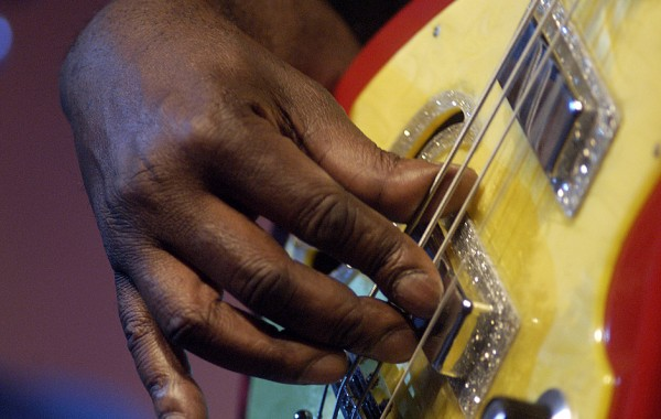 Hands on Music – Bass